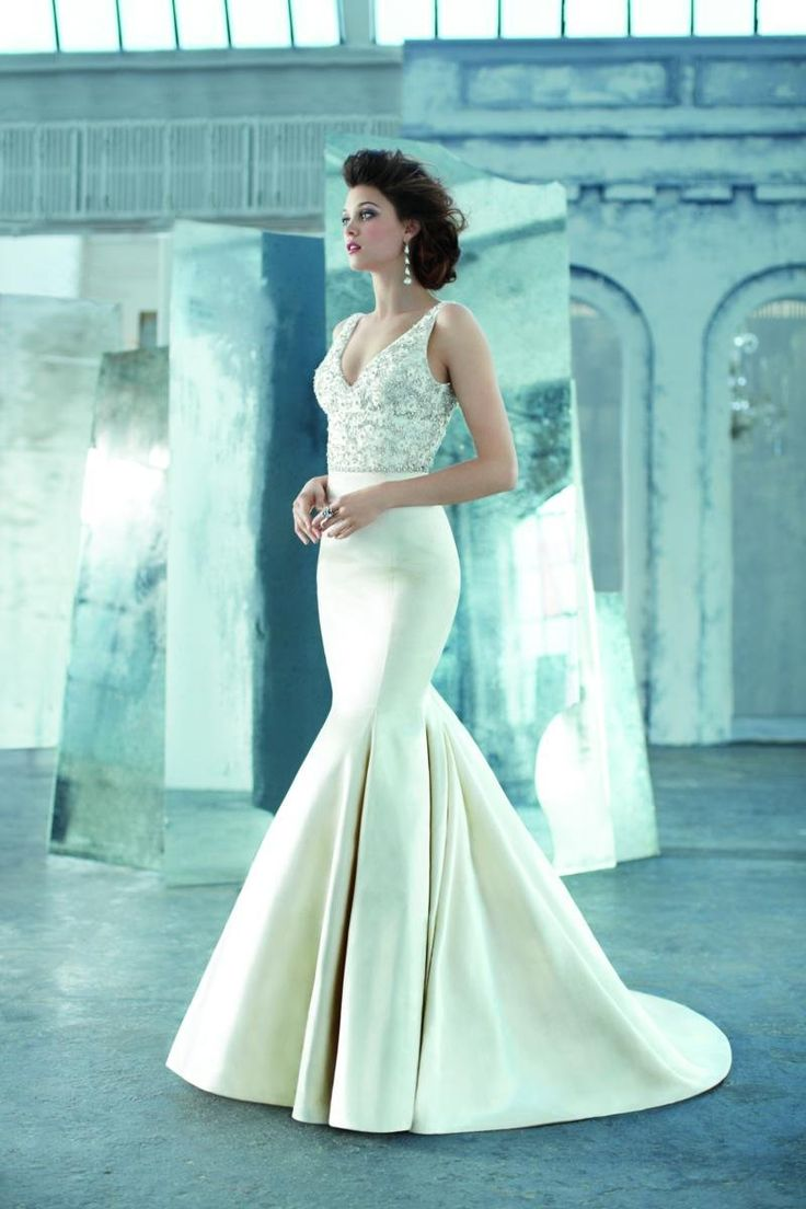 Four Reason to Pick Satin Wedding Dresses For Your Big Day - My ...