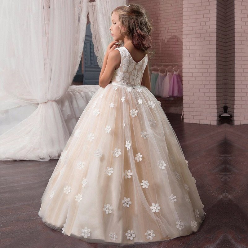 Flower Girl's Birthday Banquet Long Sleeve Lace Stitching Dress Elegant Girl's Wedding Long White Butterfly Lace Loop Dress